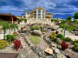 TING a 5-star luxury vacation home in the heart of Montana. A very special place