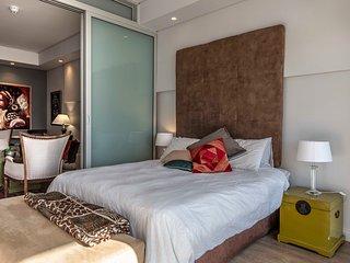 1005 - The Sentinel Luxury Apartment