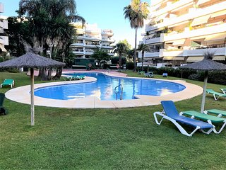 Brand new 3 rooms appartment with pool - Perfect Location For Golf!