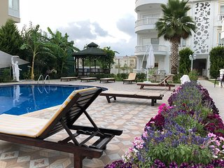 Belka Golf Residence - Pool 7