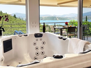 Lefkothea Honeymoon Studio with Indoor Jacuzzi and Sea View (new 2019)