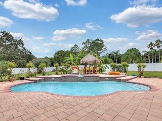 Luxury 5BR Pool/Spa/Tiki Hut