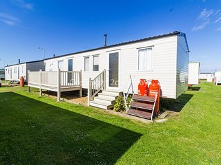 8 berth caravan for hire with decking at Heacham Holiday Park ref 21036H