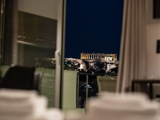 Dreamy Athens Penthouse With Acropolis View