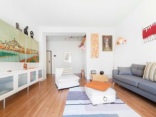 Bright and modern 1bdr apartment near Piazza Maggiore