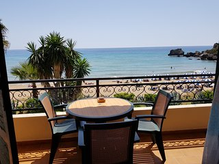 Glyfada Corfu 7 - Beachfront Apartment