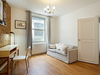Stunning, Central 1-Bed Aparment in Soho