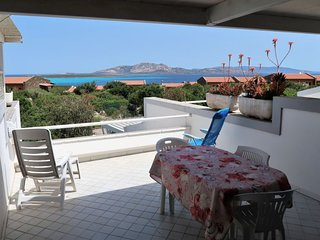 2 bedroom Villa with Walk to Beach & Shops - 5083913