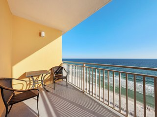 Beachfront condo for the family w/ pool, lazy river, splash pad & hot tub!