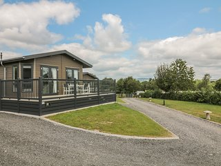 ASH LODGE, WiFi, pet-friendly, near Newton Abbot