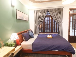 DALAT LEGEND homestay - DELUXE Room for 2 persons