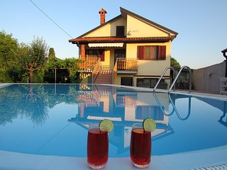 Holiday house Rosa with private pool