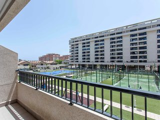 ApartUP Patacona Ideal. WiFi + A/A + Pisci + PK + 4 Pax