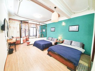 DALAT LEGEND homestay - SUPERIOR room for 4 persons