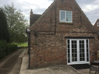 One Bedroom Cottage set in a rural village near YORK
