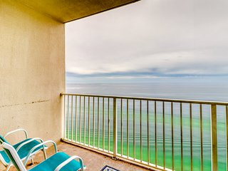 Waterfront condo w/ gorgeous view, indoor & outdoor pool - patio!