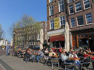 PVT TERRACE~STROLL TO CENTRAL STATION, ARTIS ZOO & DAM SQUARE