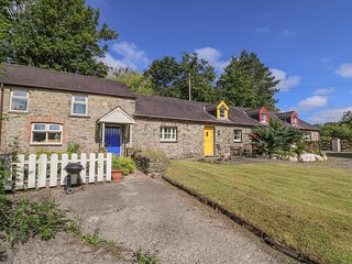 THE COACH HOUSE, pet-friendly, country holiday cottage, with a garden in