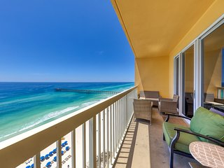 Charming beachfront condo w/shared pool, gym, beach access - near everything!