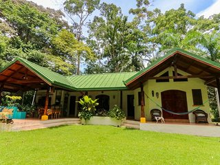 Monkeys and Mangos Secluded Beach Villa in Tropical Forest
