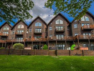 Cedar Shores Villa 03