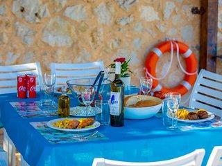 VILLAS ATTIS - Spacious Villas Overviewing Ionian Sea and Bay of Sivota
