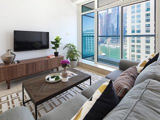 Modern + Stunning 1BR with FULL MARINA VIEWS!