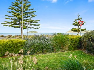 63A Franklin Parade, Encounter Bay - Absolute Seafront with Stunning Views