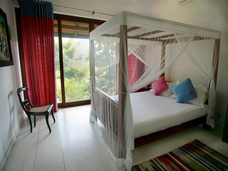 Discounted Peaceful Double room. Sea Heart House on Koggala Lake!