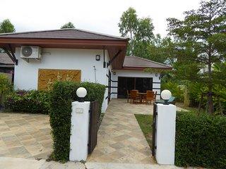 Tropicana Villa 2 bedroom on Mae Rumpheng Beach Rayong