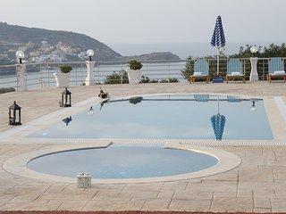 Golden Life villa, with breathtaking views!