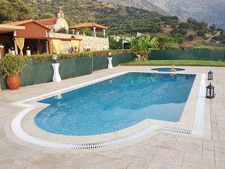 Villa Agios Dimitrios - Meet unique hospitality!