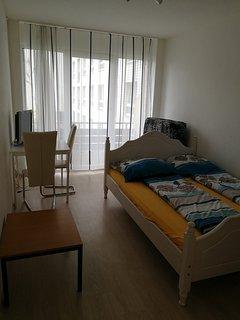 business/ Holiday Apartment Uni nearby 14-16