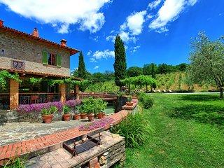 Borgo a Giovi Villa Sleeps 10 with Pool and WiFi - 5241509