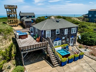The Carriage House I (Upper) | 95 ft from the beach | Dog Friendly, Hot Tub | Na