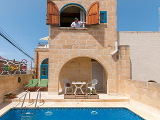 An Exquisite Holiday House in Gozo with private pool & 3 bedrooms