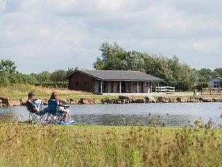 (9) Camping Pod near Lake