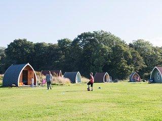 (16) Camping Pod near Lake