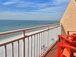 Sunset Chateau #609 - AMAZING Views! / Top Floor Private Balcony / Beachfront