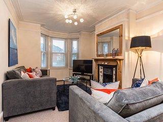 Delightful 3-Bedroom Home - Close to Southampton Hospital