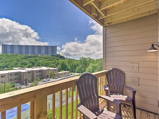 NEW! Blue Ridge Mtn Resort Condo w/ Fireplace+View