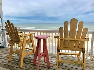 WALKING ON SUNSHINE Barrier Dunes 1 - BEACH FRONT End Unit - Pools -Pet Friendly