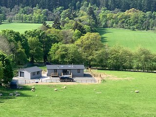 Smiddyhill Lodge, Innerleithen self catering holiday let