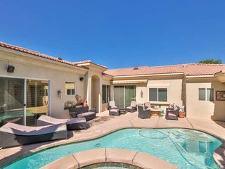 NEW LISTING!!! Enjoy Your Private Retreat in Gated Lantana!  4/4, Private Pool a
