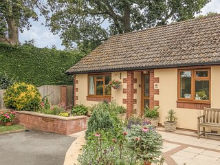 PIPISTRELLE LODGE, ground floor, patio, Ref 912196