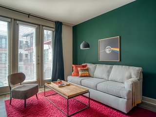 Stylish 1BR | Downtown Austin #340 by WanderJaunt