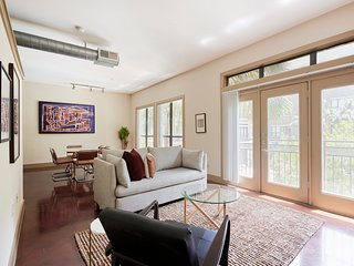 Sonder | Lofts at the Ballpark | Modern 1BR + Pool