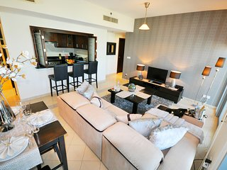 2 Bd Apt With Full Golf Course View & Huge Balcony | Golf Tower 1 - The Views