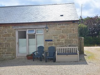 75689 Barn situated in Penzance (5mls NE)