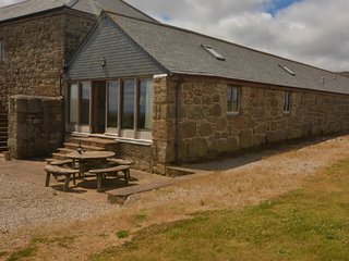 75686 Barn situated in Penzance (5mls NE)